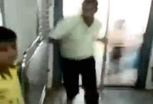 Шустрые Индийские Пассажиры